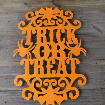 Halloween Decor, Halloween Wreath, Halloween Decorations, Halloween Wall Art, Halloween Door Hanger, Halloween Wall Hanging, Halloween Sign