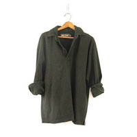 vintage slouchy sweater. oversized army green sweater. henley pullover shirt. M