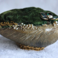 Mid Century Clam Shell Pincushion, Jeweled Flower & Velvet Emerald Green Pin Cushion, Vintage 1950s Art, Handmade