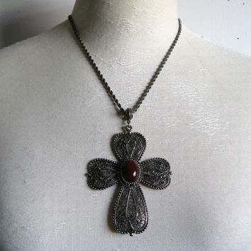 Vintage 1980s Necklace HOLLYCRAFT Carnelian Cabochon Filigree Ankh Style Pendant Chain 80s Necklace