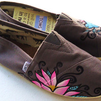 Lotus and Sparrow TOMS by LamaLand on Etsy