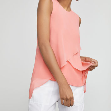 Lorielle High-Low Top