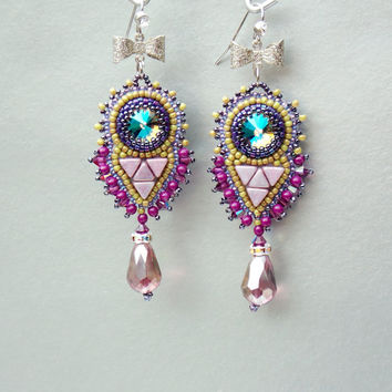 FREE SHIPPING, Bead embroidery, Earring, Seed bead jewelry, Fashionable earring, Trending jewelry,  Swarovski,  Lilac, Green, Purple,