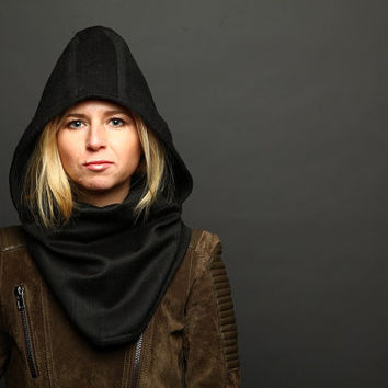 Black warm women hooded scarf, hooded cowl. Winter accessories, inspired by assassins creed protagonist