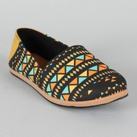 Qupid Pam-01A Tribal Print Round Toe Loafer Flat