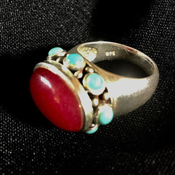 size 8 sterling silver garnet and turquoise ring