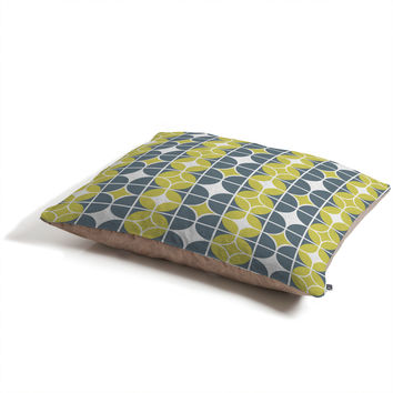 Heather Dutton Othello Pet Bed