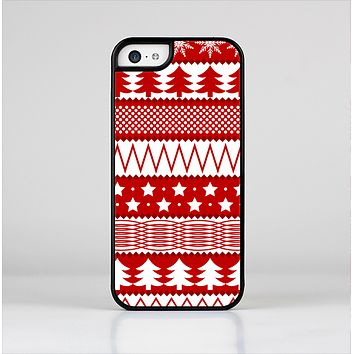 The Red and White Christmas Pattern Skin-Sert Case for the Apple iPhone 5c