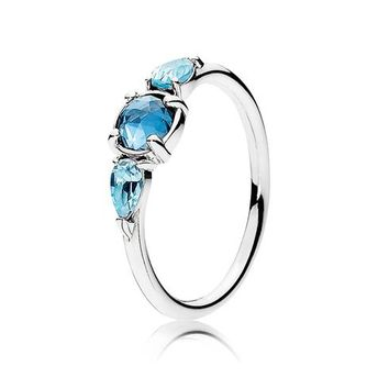 PANDORA Patterns of Frost Ring, Moonlight Blue and Sky Blue Crystal