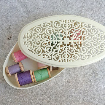 Vintage box for threads, buttons, openwork ornament, white, plastic, Vintage, Home decor, Box, Boho, Rustic, Treasure box, Storage box