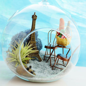 Paris Bistro Terrarium ~ Bistro Table and Picnic Basket ~ Wine ~ Baguette ~ Airplant ~ Reindeer Lichen Moss ~ Medium Globe ~ Gift ~ Bonjour