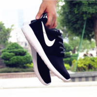 """NIKE"" Roshe One Women Casual Sport Shoes Sneakers Black white H Z"
