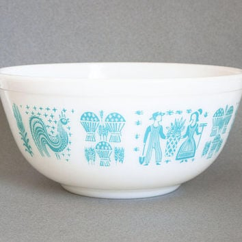 Vintage Pyrex Butterprint Mixing Bowl, 2 1/2 QT Amish Print Turquoise Blue Batter Bowl, 403