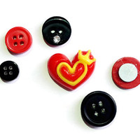 Black & Red  Love Heart  Old Button Magnets set of 6 Fab Gift Kitchen Office Decor