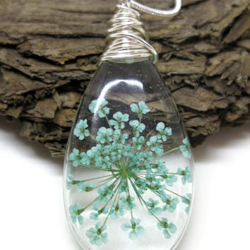 Teal Turquoise Queen Anne Lace Necklace - Real Flower Encased in Resin - Pressed Flower Jewelry - Resin Necklace - Resin Jewelry - Teardrop