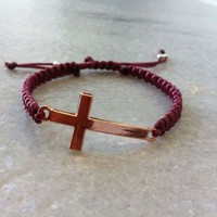 Handmade Sideways Cross Bracelet Macrame from OneiricHearts