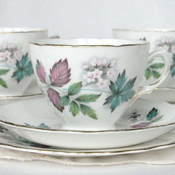 Royal Vale tea cup, saucer and plate: a sweet tea set for a vintage tea party, or a lovely gift for someone special