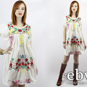 Vintage 70s White Mexican Dress S M L Vintage Mexican Dress HIppie Dress Hippy Dress Boho Dress Embroidered Dress Festival Dress