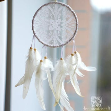 Wedding Dreamcatcher, Doily Dreamcatcher, White Dreamcatcher, Crochet Dreamcatcher, Handmade, Boho, Romantic, Wall Hanging