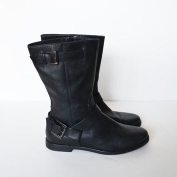 Vintage 90s Black Leather Boots zip up Boots Riding Motorcycle Biker Boots Flat Heel Boots Grunge Goth Boot Size 8.5
