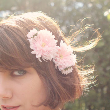 Pink flower bobby pins, Bridal hair clips, Vintage flower pins - PAIR of 2 - PETAL