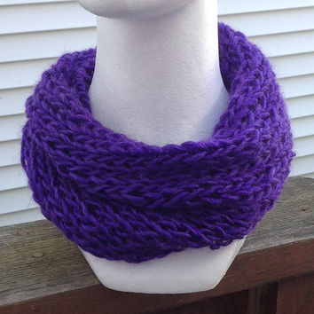 Royal Purple Knitted Infinity Eternity Cowl Chunky Fall Christmas Holiday Scarf