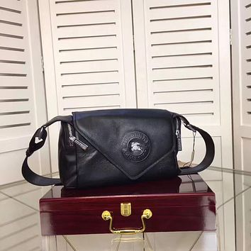 BURBERRY MEN'S FASHION LEATHER CROSS BODY BAG
