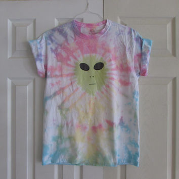 Tumblr Alien Tie Dyed Customizable Unisex Tee Shirt