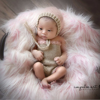 Handmade crochet baby girl hats and pants / Baby photography Clothing