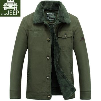 Nian JEEP Brand Clothing Fleece Lined Thick Man's Winter Coat Fur Collar Men's Cargo Winter Army Military Jacket Tactical Male