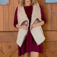 Autumn Escape Faux Fur Vest With Pockets ~ Vanilla ~ Sizes 4-10