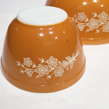 Pyrex Butterfly Gold Mixing Bowls  Marigold Yellow Pyrex Nesting Bowls