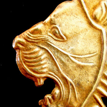 Metropolitan Museum of Art Lion Head Brooch-Pin Gold Overlay Vintage