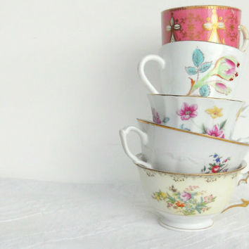 Set of 5 Gorgeous Mismatched Tea Cups, Tea Party for 5, Wedding, Cottage Chic, Vintage, Mosiac Supplies, CIJ, Replacement China