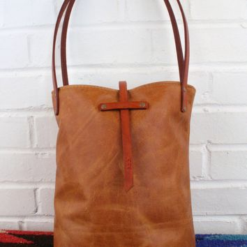 Small Leather Tote Bag (Unlined Interior)
