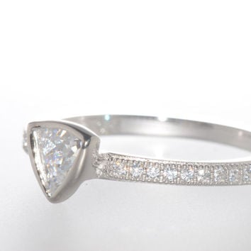 Sterling Silver Triangle CZ Ring Cubic Zirconia Stone with Accent Stones