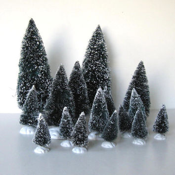 Lot of 16 vintage Bottle Brush Pine Trees, Lemax, Home Decor, Christmas decoration, Retro Woodland