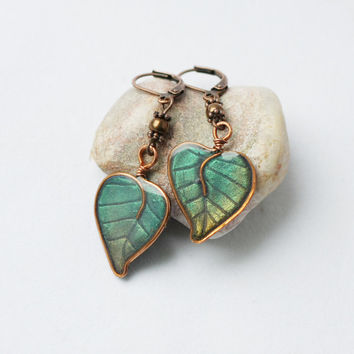 Green leaves earrings - made to order