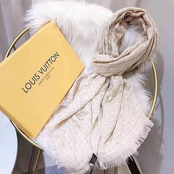 Louis Vuitton LV Fashionable Women Men Warmer Cashmere Cape Scarf Scarves Shawl Accessories