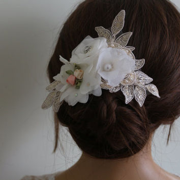 Wedding Hair Comb,Bridal Hair Accessories, Wedding Head Piece, White Lace Beaded , Pearl Wedding Hair Accessories,Floral HairPin