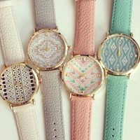 4pcs Fashion Leather Aztec Watch for Women Dress Watch Leather Geneva Quartz Watches