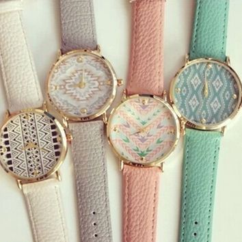 4pcs Fashion Leather Aztec Watch for Women Dress Watch Leather Geneva Quartz Wat...