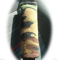 Camouflage Camo print Army Green fleece car seatbelt pads 1 pair