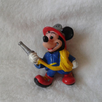 Vintage Walt Disney Applause Mickey Firefighter  pvc  miniature figure