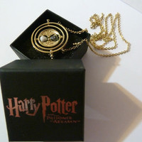 HARRY POTTER HERMIONE GOLD TIME TURNER NECKLACE MOVIE PROPS