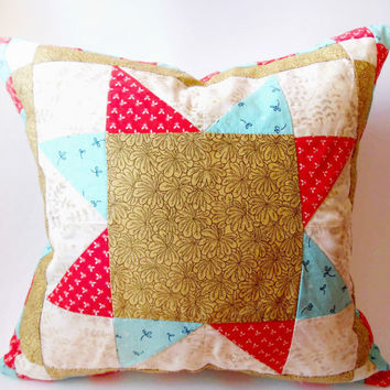 Handmade pillow handmade. Quilting. Decorative pillow. Throw pillow quilt.  Handmade Baby Girl Crib Bedding. Three Snails. Free Shipping!!!