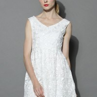 Fair Butterfly Embroidered Tulle Dress in White