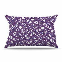 "Trebam ""Vino"" Purple White Modern Vector Pillow Case"
