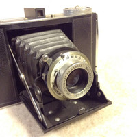 Wirgin Deluxe Folding Roll Film Camera with Wooden 120 Film Spool Included Inside. Art Deco Trim Plates