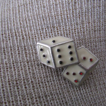 14-1106 Vintage Dice Brooch / Dice Pin Back